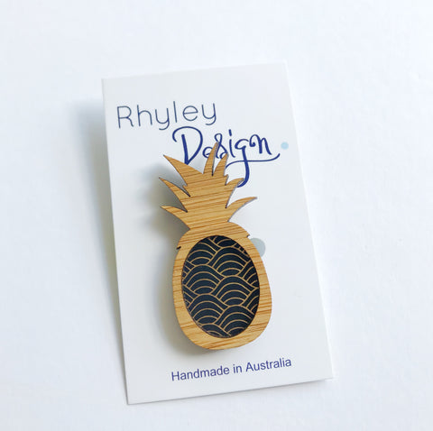 Rhyley Design: Wooden Pineapple - Art Deco