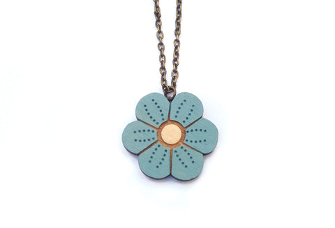 Layla Amber: Single Pansy Necklace