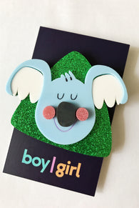 boy|girl : The Lazy Boy Brooch