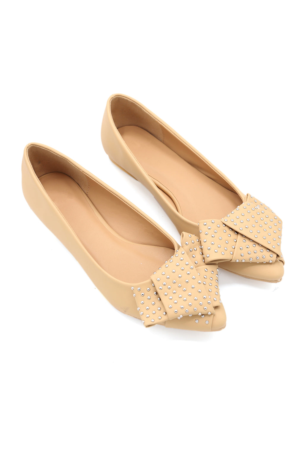 STUDDED PUMPS -BEIGE