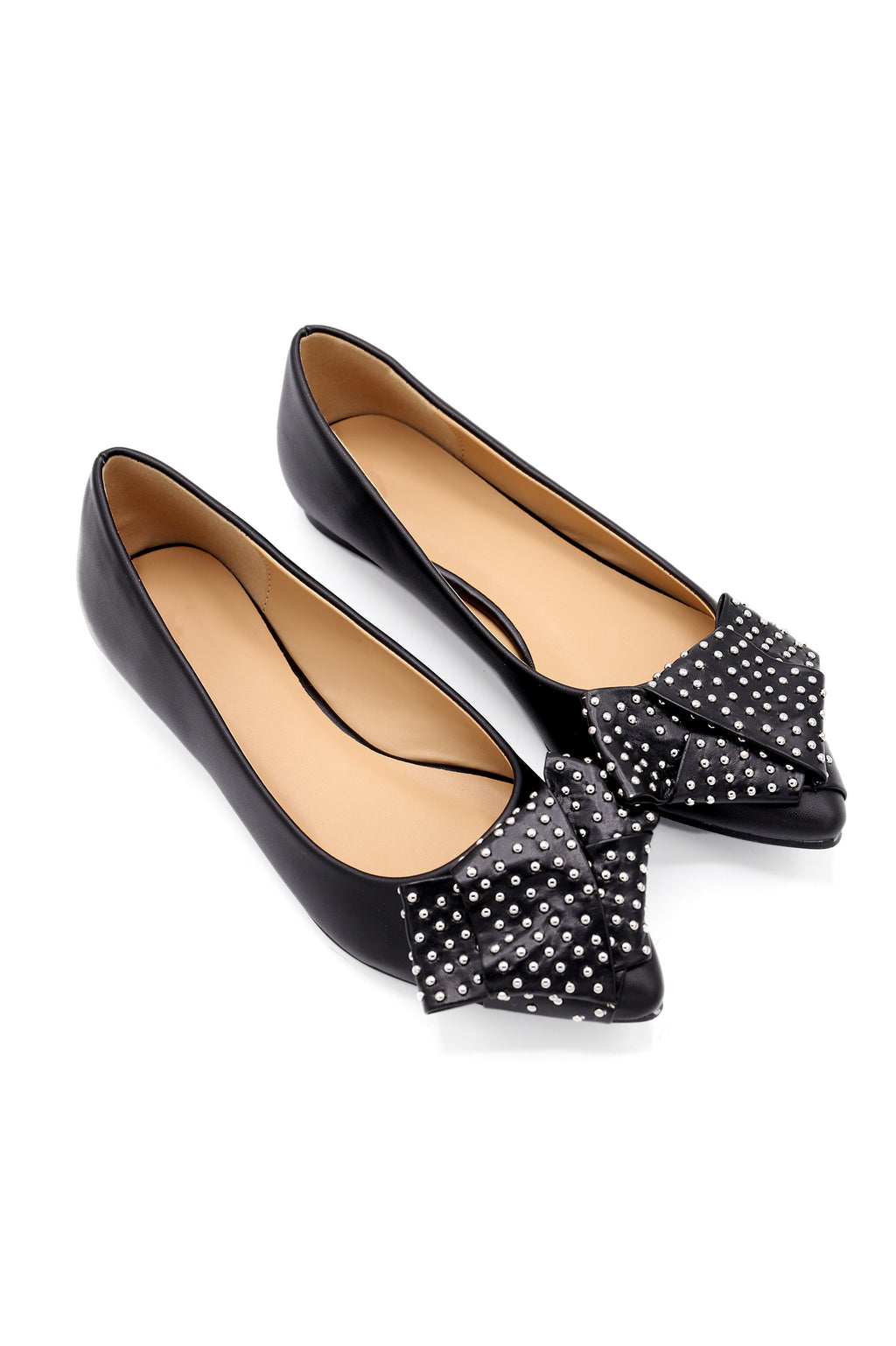 STUDDED PUMPS -BLACK