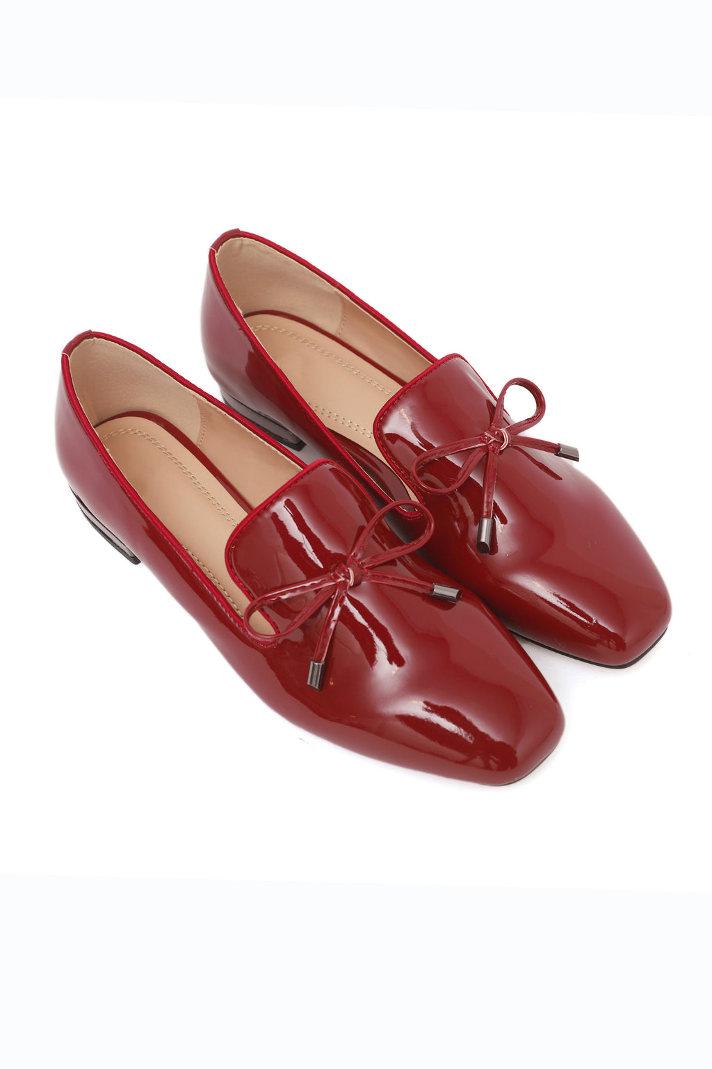 PATENT COURT SHOE-MAROON