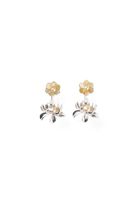 PEARL STUDS-SILVER