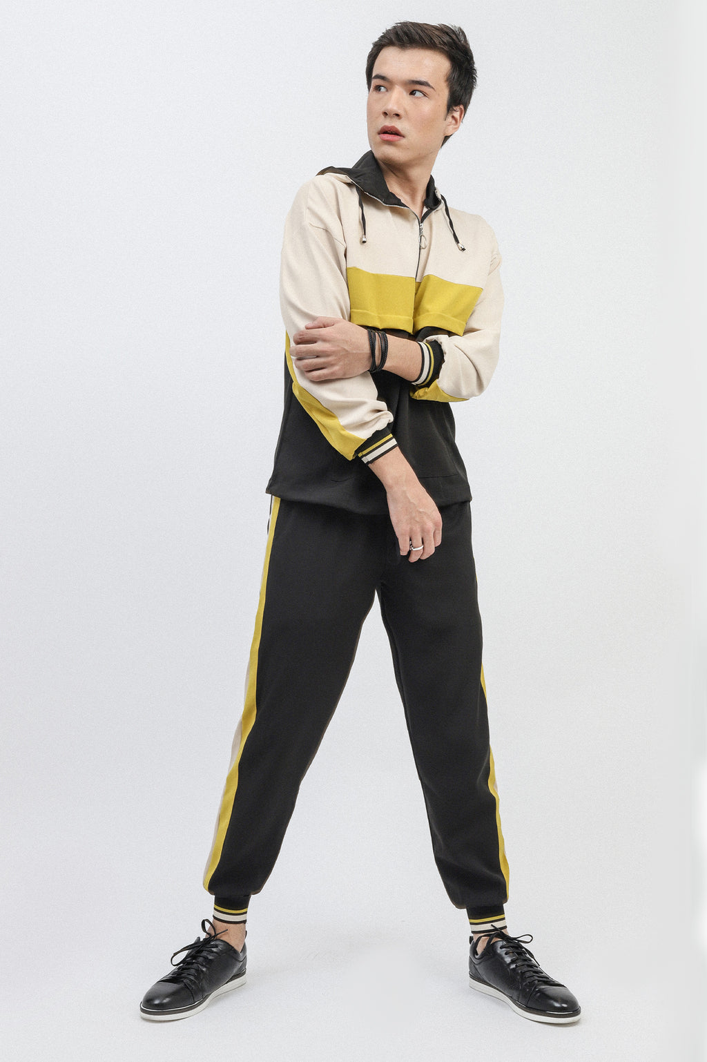 STRIPPED TRACKSUIT-BLACK-BEIGE