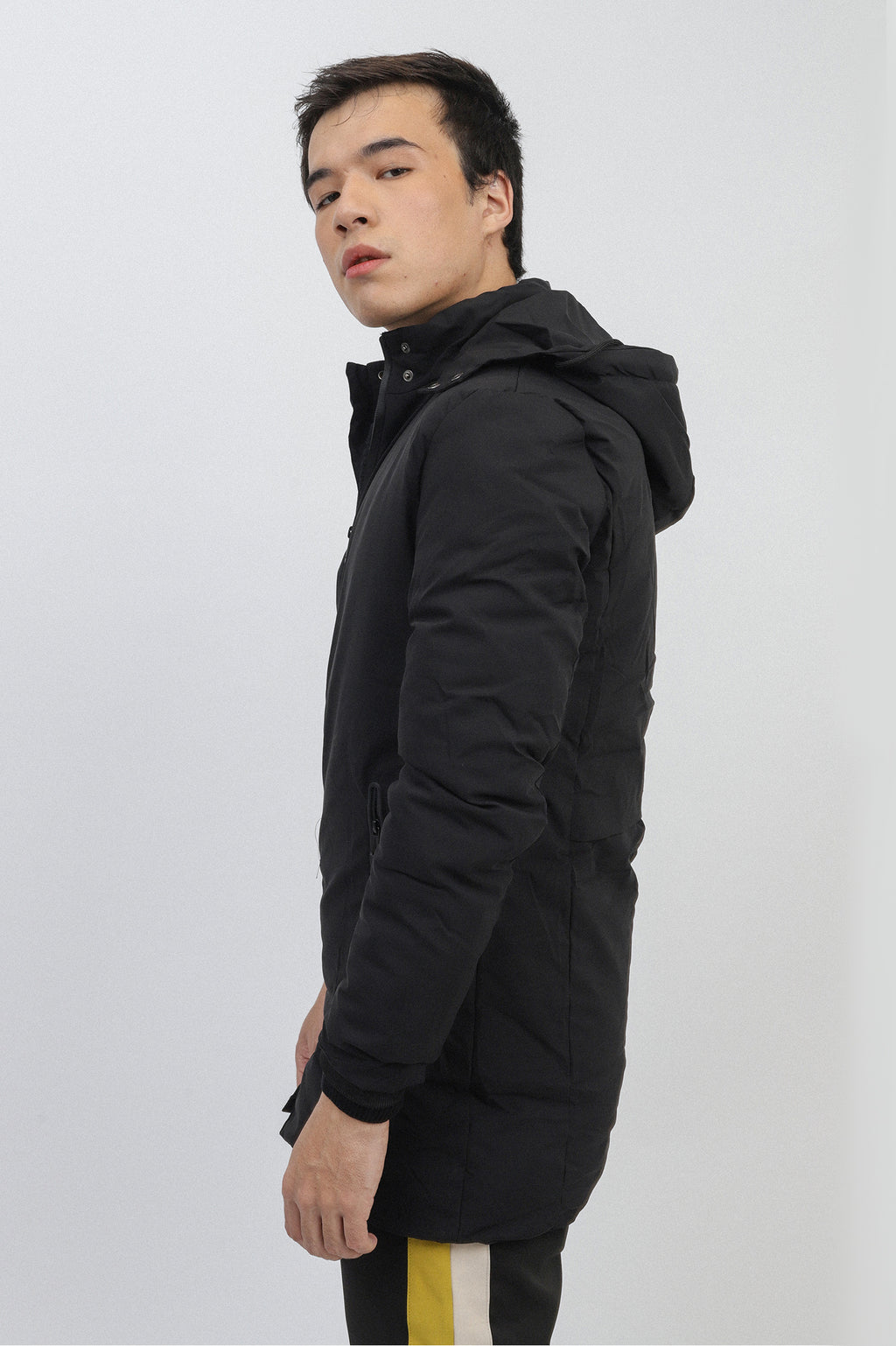 HOODED PARKA-BLACK