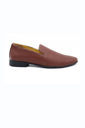 WEAVE SLIP ONS-DARK BROWN