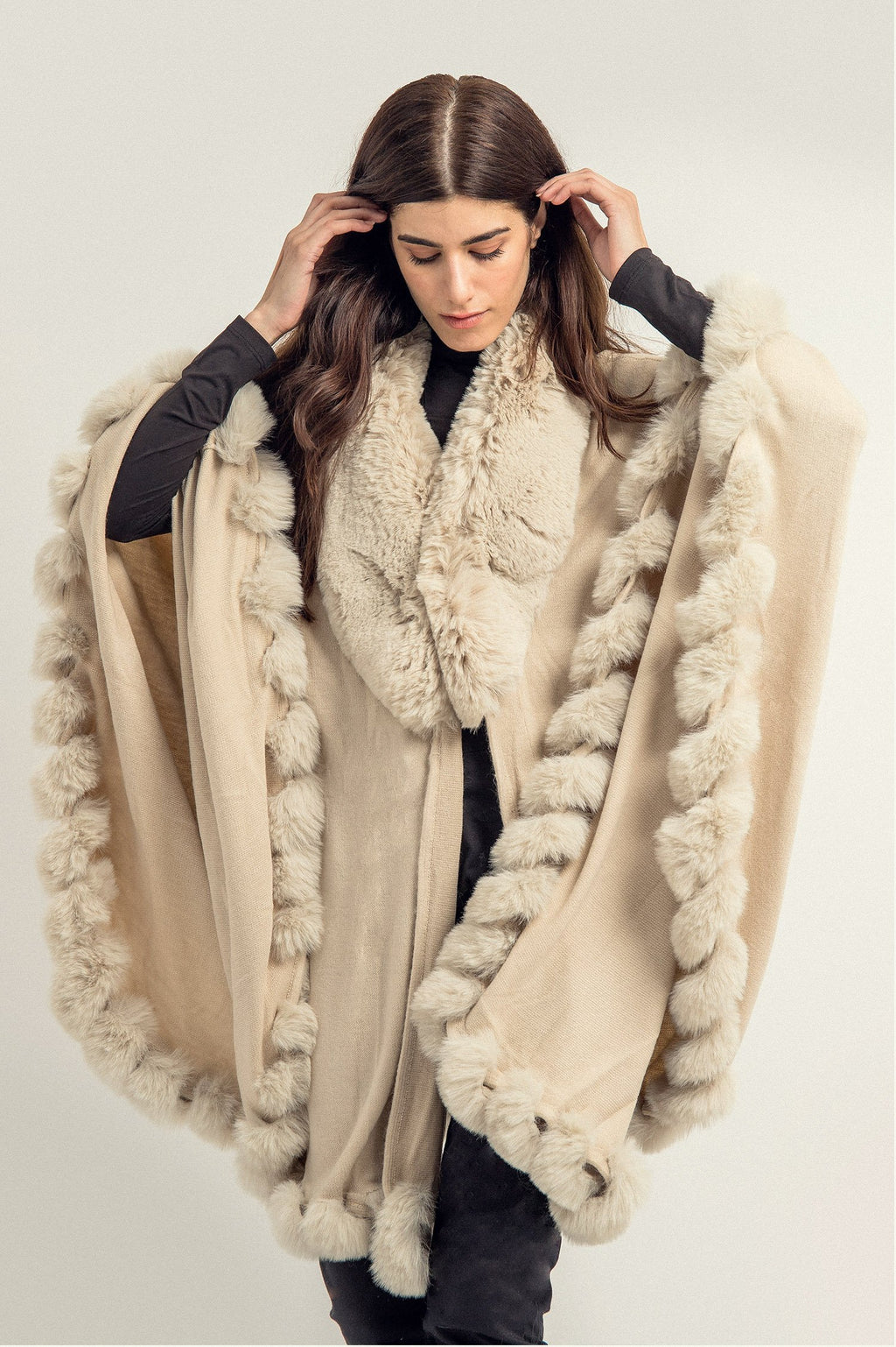 FUR SHRUG -BEIGE