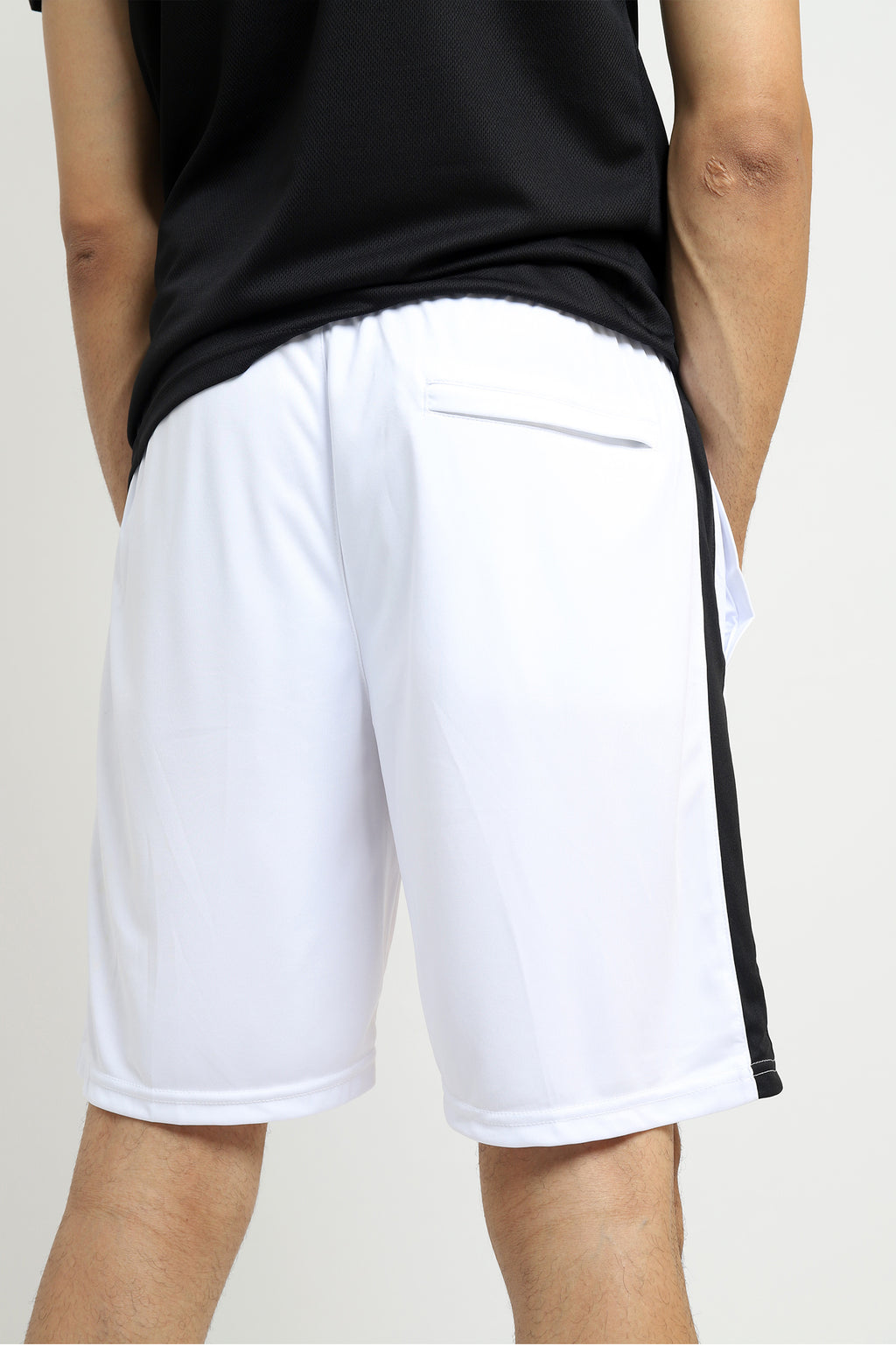 ALMASFIT CONTRAST SHORTS -WHITE/BLACK