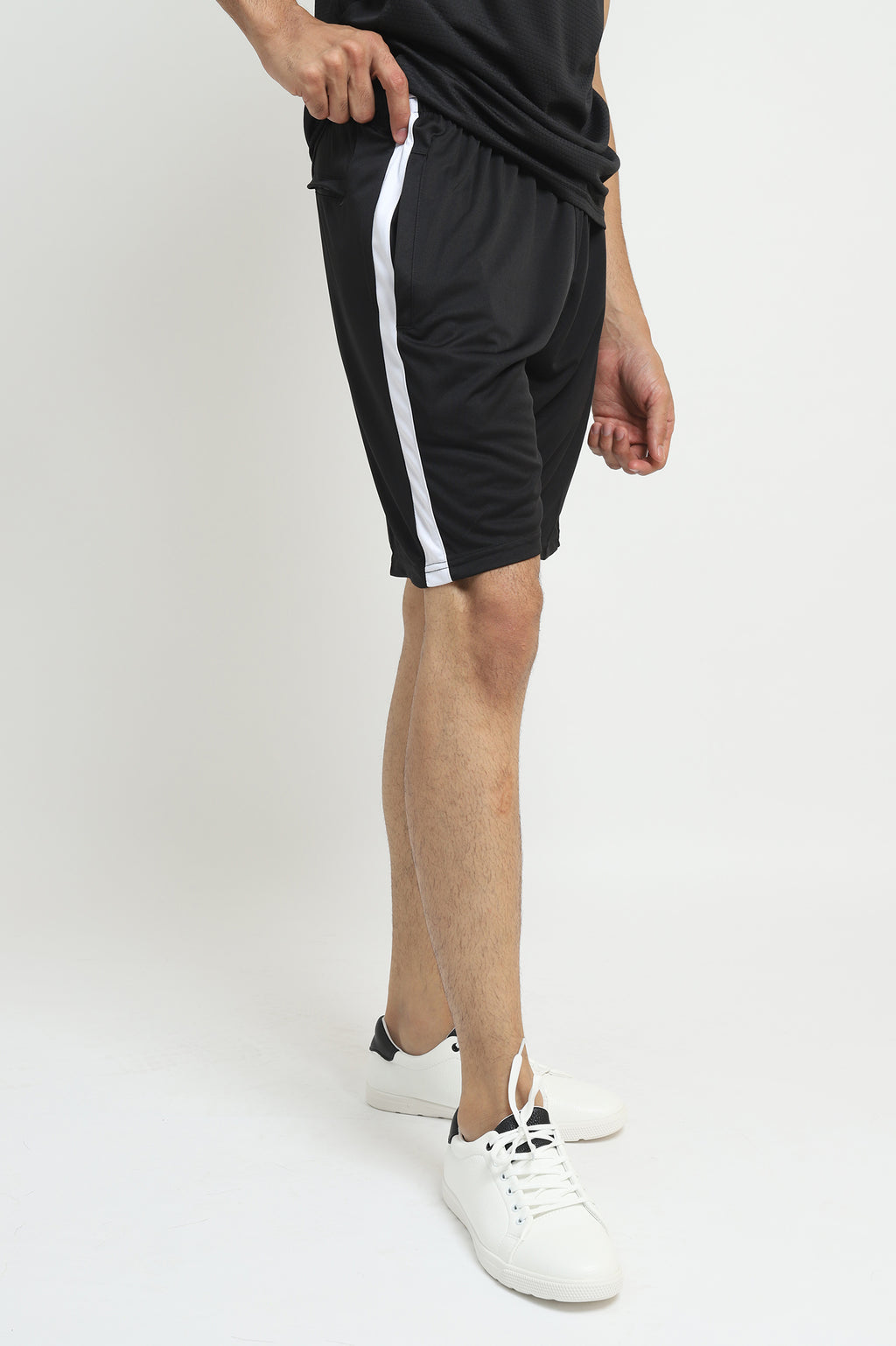ALMASFIT CONTRAST SHORTS -BLACK/WHITE