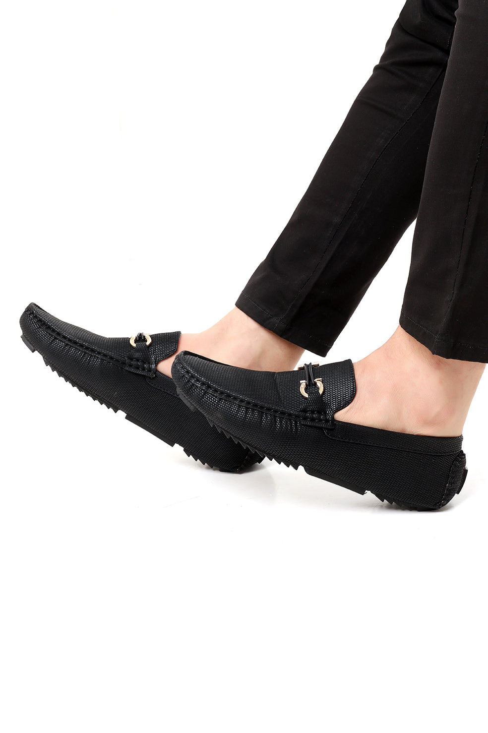 SUEDE TEXTURED LOAFERS-BLACK