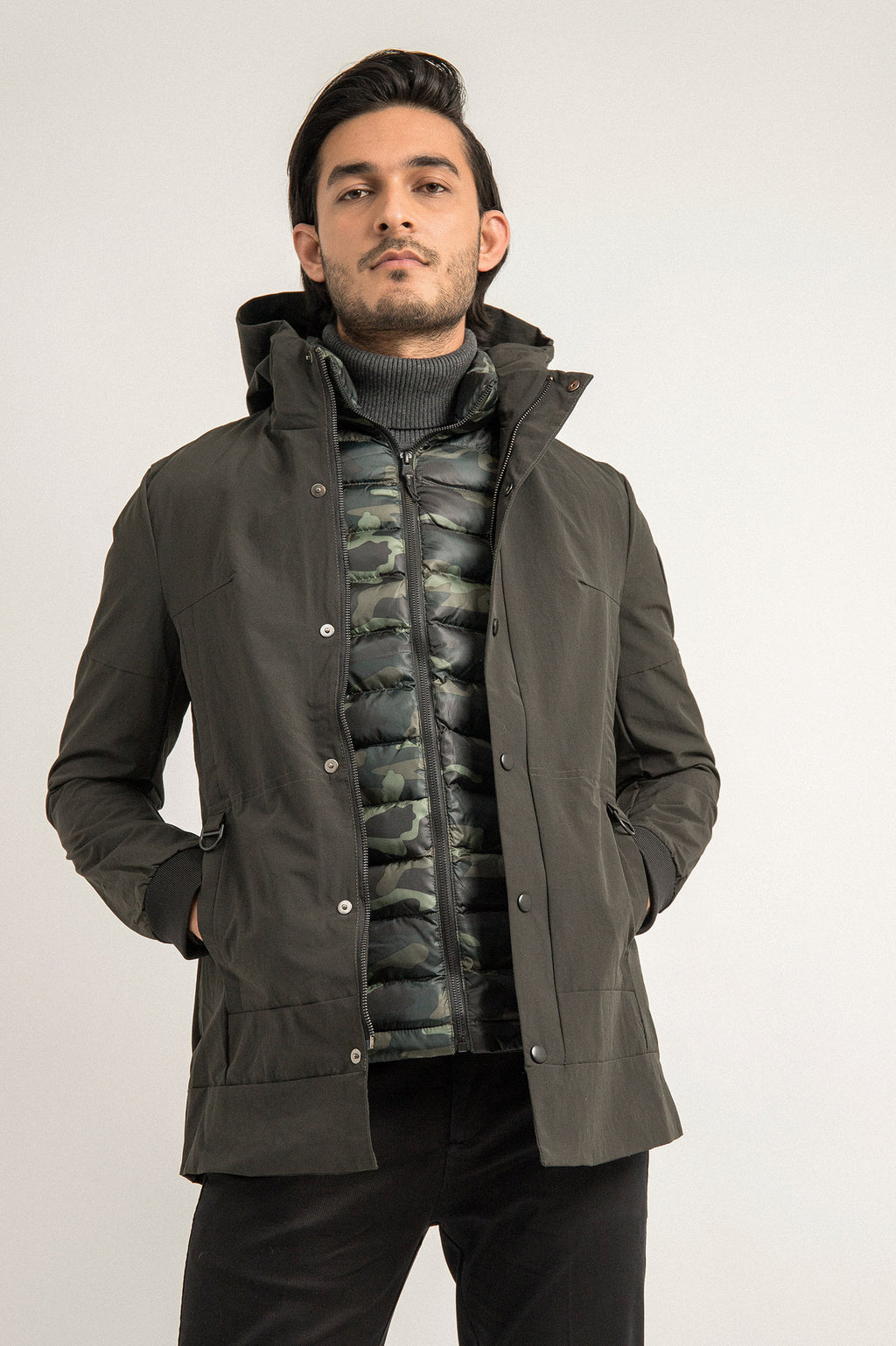 HOODED PARKA -Olive