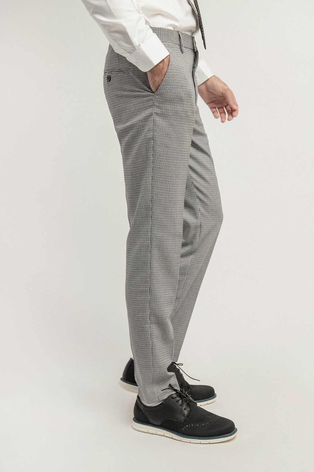 HOUNDSTOOTH TROUSERS-BLACK