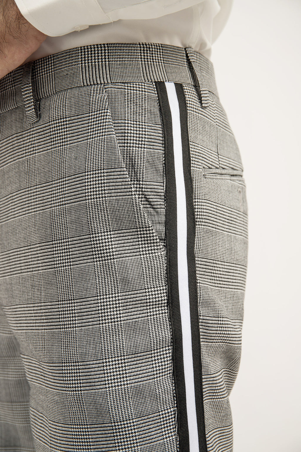 SPORTS STRIPE PANTS-BLACK