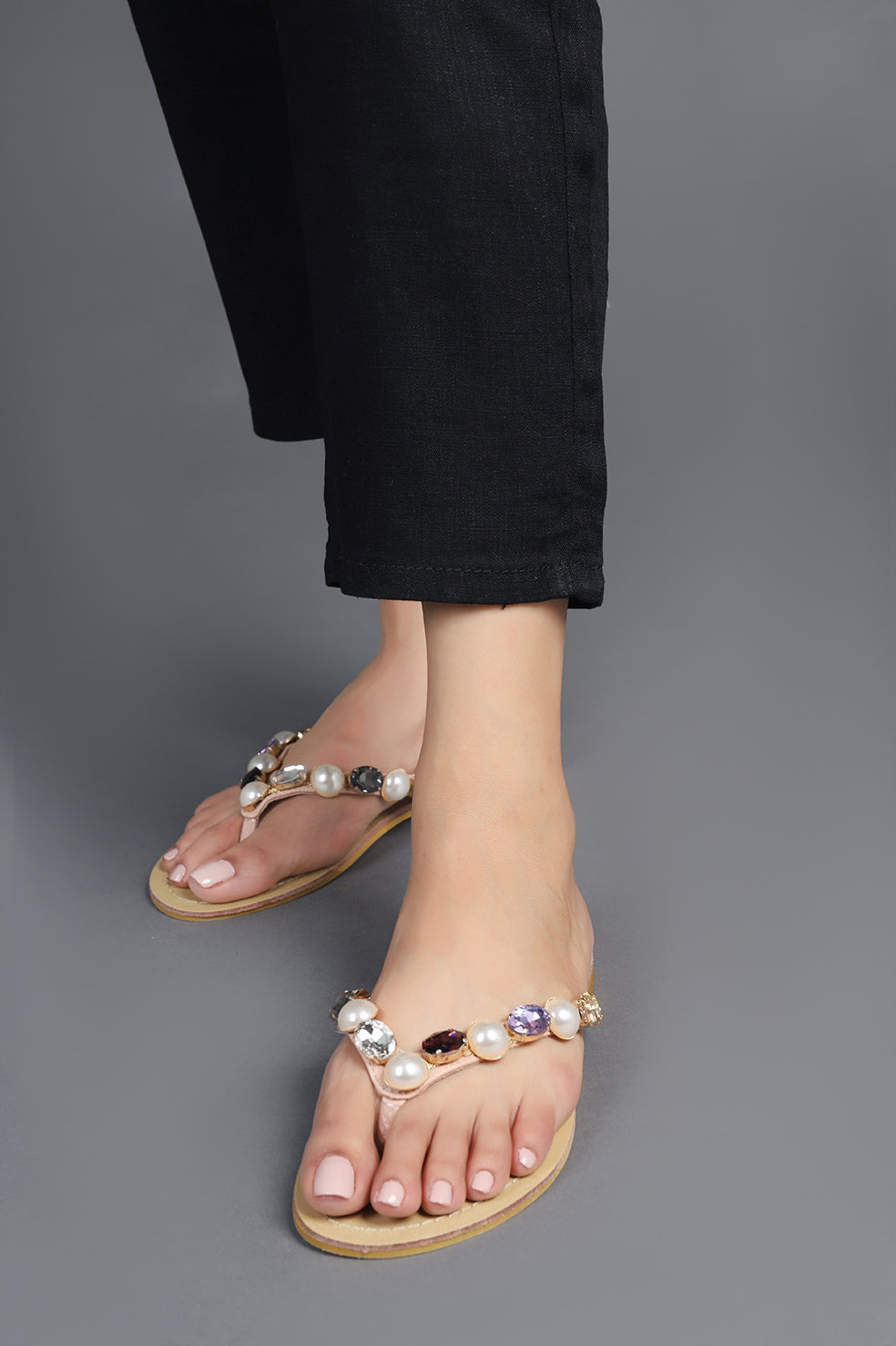 CRYSTAL THONG SLIPPERS-NUDE