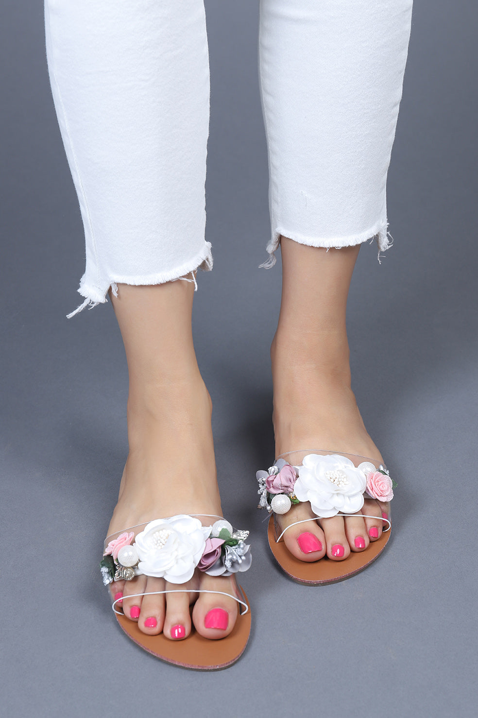 FLORESCENCE FLATS-WHITE