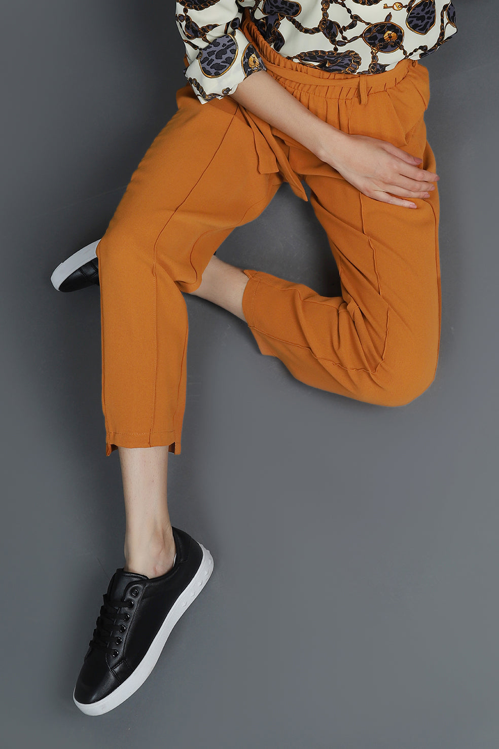 TAPERED PANTS-CAMEL