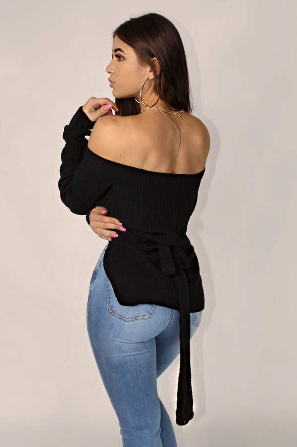 BLK FENTY CROSSOVER WRAP KNIT SWEATER