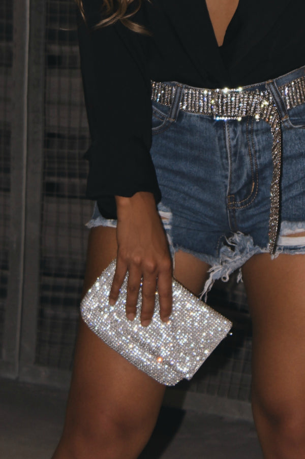 THE GALA HAND CLUTCH - SILVER