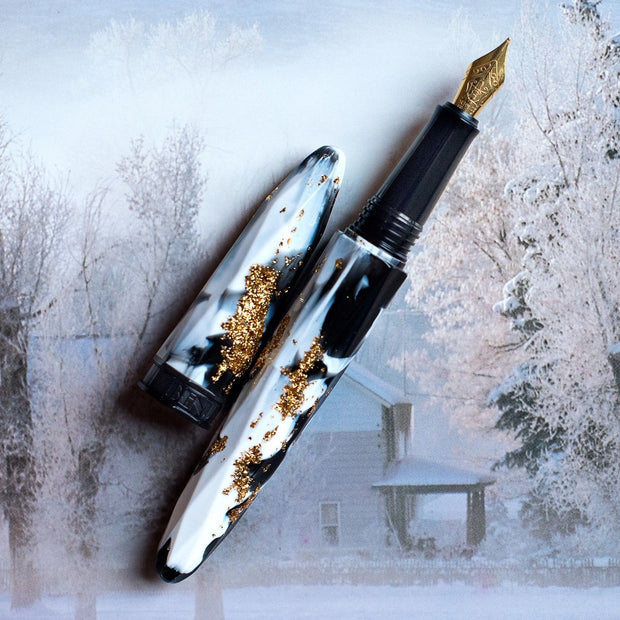BENU Briolette Collection Black & White and Gold Fountain Pen
