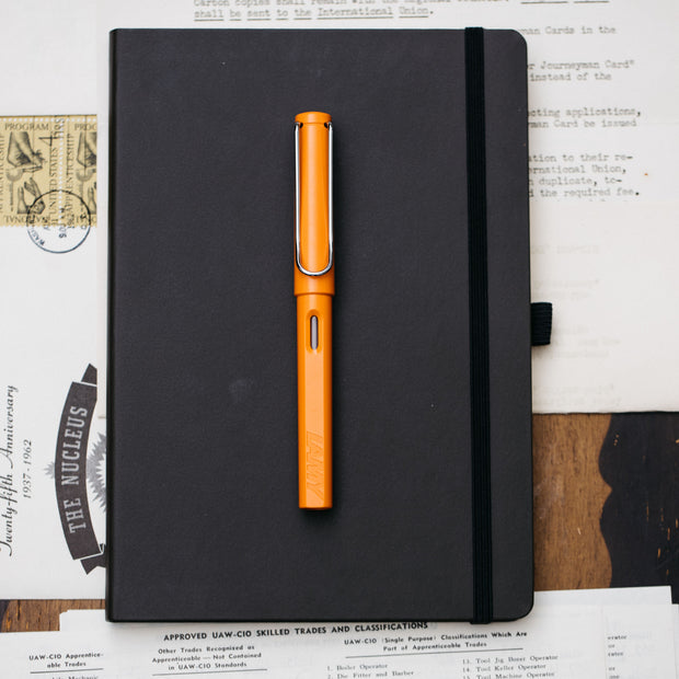 LAMY Safari Orange 2009 Fountain Pen