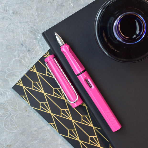 LAMY Safari Rosa 2011 Fountain Pen
