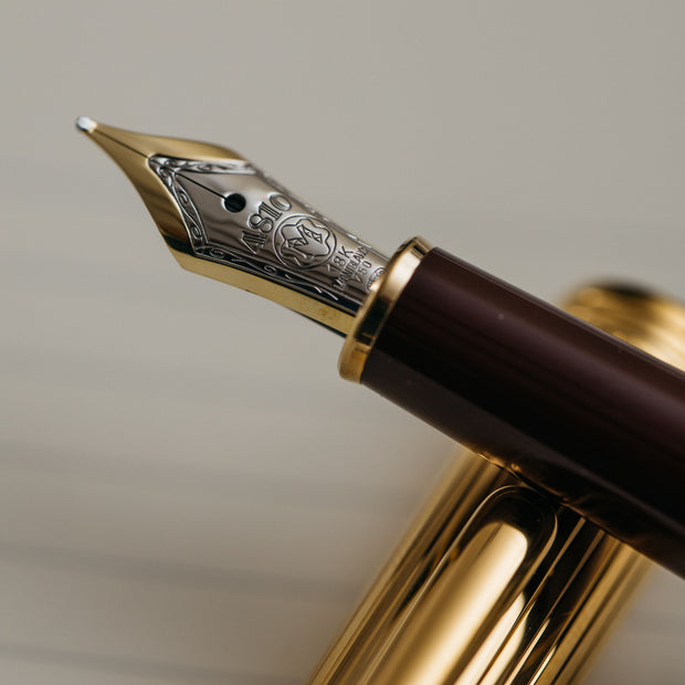 Montblanc Meisterstuck 144DV Bordeaux & Vermeil Fountain Pen