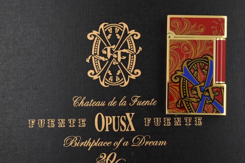 ST Dupont Ligne 2 Fuente Fuente Opus X 20 Years Red Lacquer Lighter ST016159