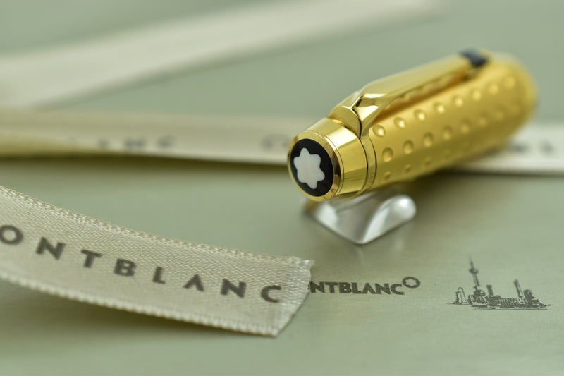 Montblanc Boheme Solitaire Doue Dimple Dotted Black Resin & Gold Rollerball Pen