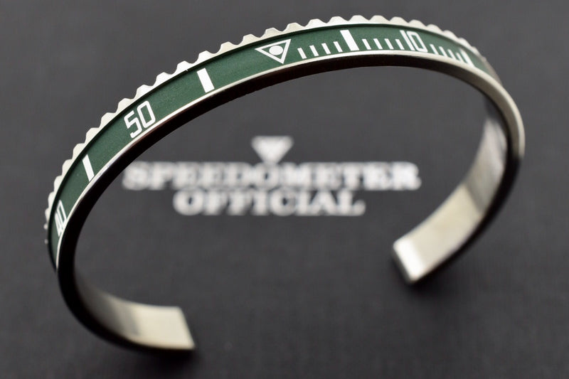 Speedometer Official Silver Steel Vintage Matt Green & Silver Bangle Bracelet