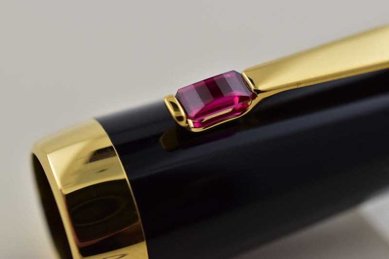 Montblanc Boheme Rouge Ruby Stone & Gold Plated Trim Fountain Pen M Nib