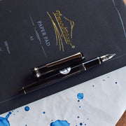 Black Fountain Pen With Rhodium-style Plating And Nib