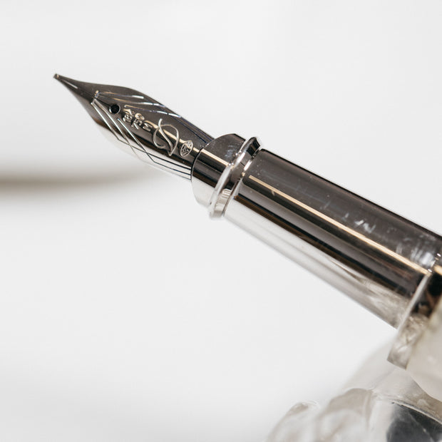 ST Dupont Haute Creation Winter Egg Fountain Pen