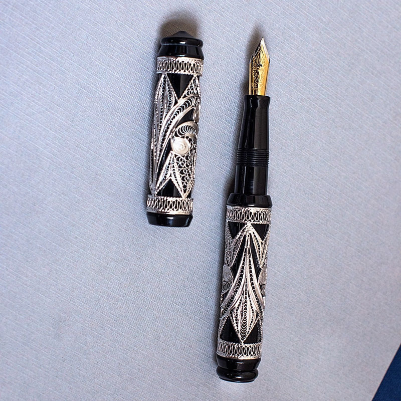 Visconti Limited Edition 888 Taj Mahal Black Sterling Silver Fountain Pen B Nib