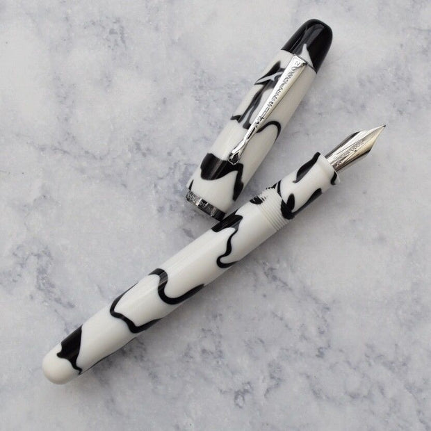 Noodlers Neponset Bald Faced Hornet Acrylic Fountain Pen-Noodlers-Truphae