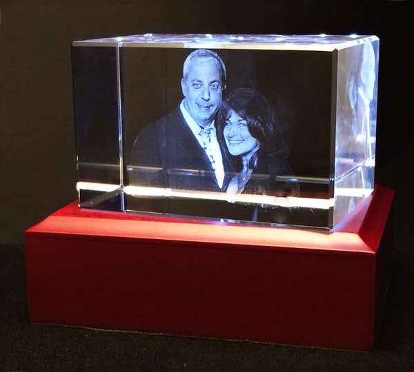 3D Photocrystal in 3D of two people half body