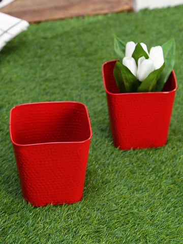 Set of Two Embossed Pot Red
