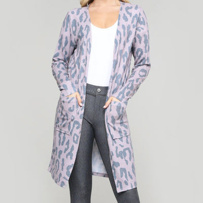 Bee's Lively Leopard Duster