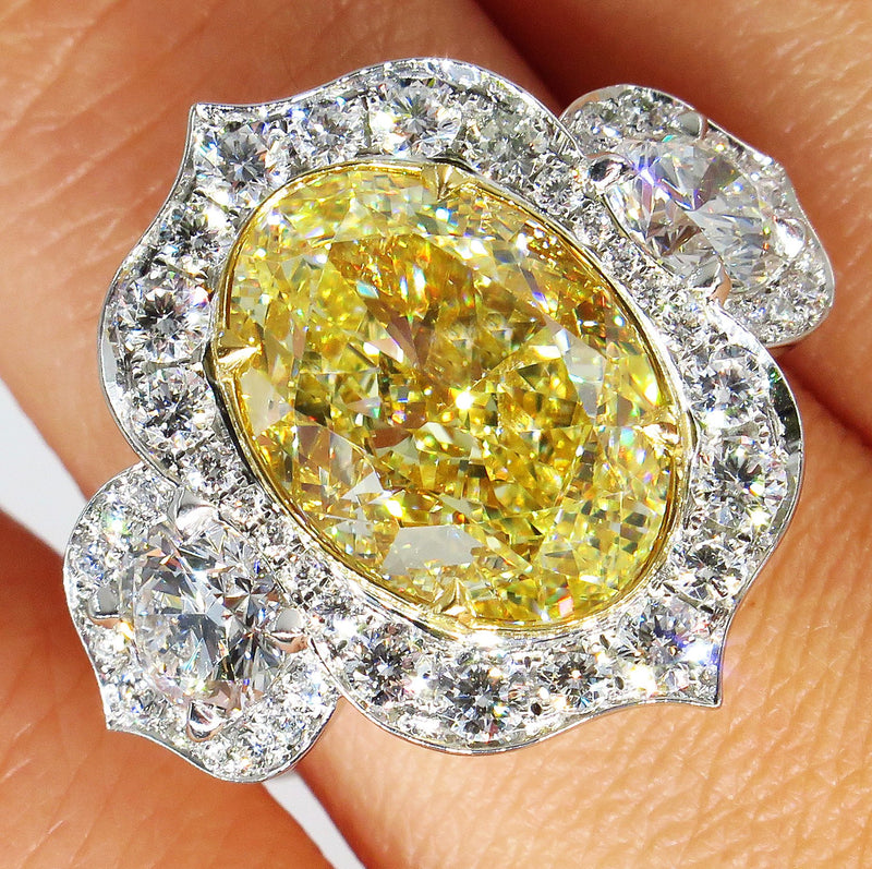 """Aladdin"" GIA 8.22ctw Natural Fancy YELLOW OVAL Cut Diamond Diamond 3 Stone Ring 