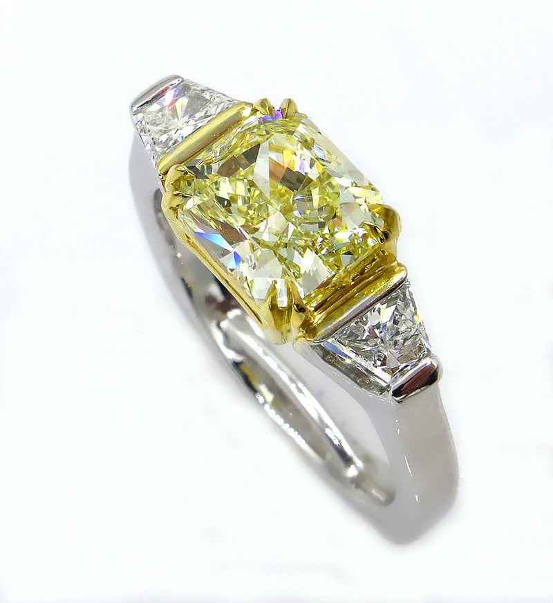 "Estate ""Canary"" GIA 2.83ct Natural Fancy Yellow RADIANT 3 Stone Diamond Engagement Platinum Ring 