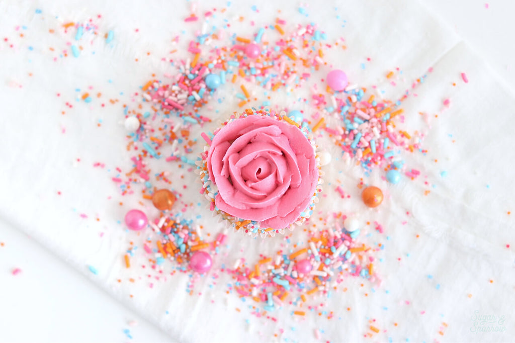 sorbeto sprinkle mix by sprinklepop on cupcakes