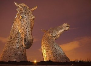 _74491681_creating_the_kelpies