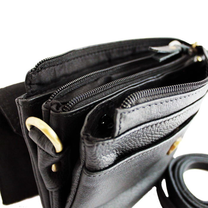 inside pockets of  black leather shoulder bag by celtic ranch