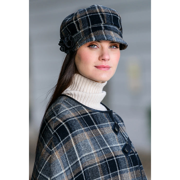 model of color 21 ladies newsboy cap by mucros weavers