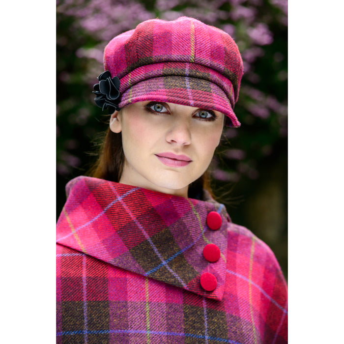 model of color 223 ladies newsboy cap by mucros weavers