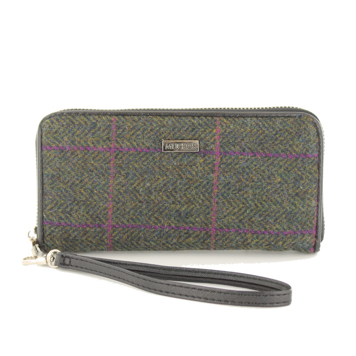 front of tweed wallet color 150 by mucros weavers