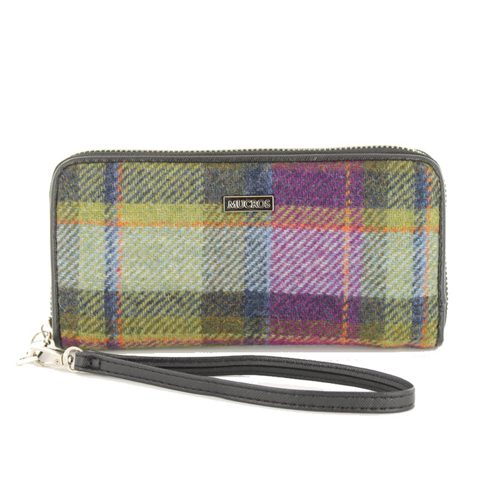 front of tweed wallet color 574-1 by mucros weavers