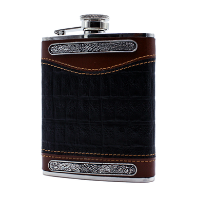 front of black whiskey leather flask by mullingar pewter