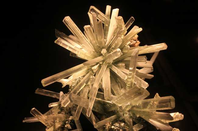 How Is Selenite Formed?