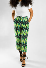 Load image into Gallery viewer, VV Capri Pants in Nola Green