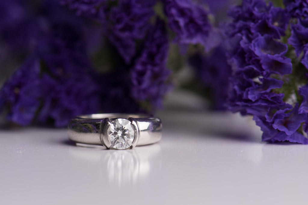 Lab Grown Diamond Engagement Rings: An Ethical Option